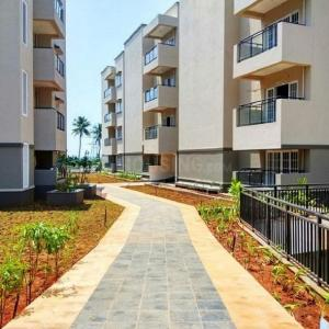 Gallery Cover Image of 1640 Sq.ft 3 BHK Apartment for buy in BSCPL Bollineni Hillside 2, Perumbakkam for 8198360