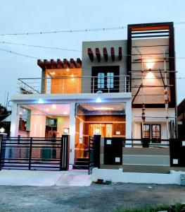 Gallery Cover Image of 1247 Sq.ft 3 BHK Independent House for buy in Whitefield for 5560000