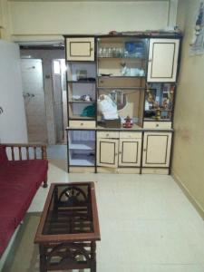 Gallery Cover Image of 580 Sq.ft 1 BHK Apartment for rent in Malad West for 19000