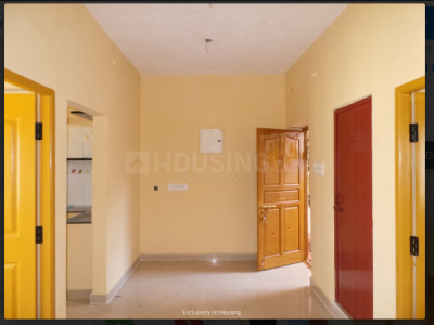 Gallery Cover Image of 700 Sq.ft 2 BHK Apartment for rent in Karanai Puthuchery for 7000