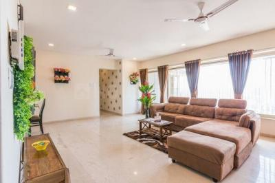 Gallery Cover Image of 1300 Sq.ft 3 BHK Apartment for buy in Kandivali West for 19700000