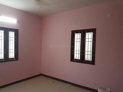 Gallery Cover Image of 530 Sq.ft 1 BHK Apartment for buy in Perumbakkam for 2570500