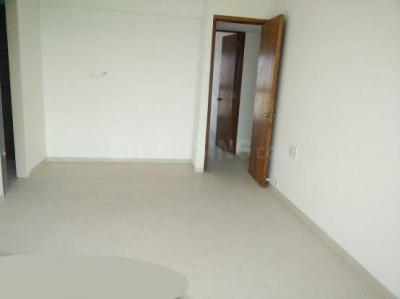 Gallery Cover Image of 550 Sq.ft 2 BHK Apartment for rent in Kandivali West for 28000