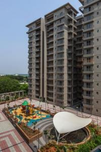 Gallery Cover Image of 1281 Sq.ft 2 BHK Apartment for rent in Bellandur for 32000