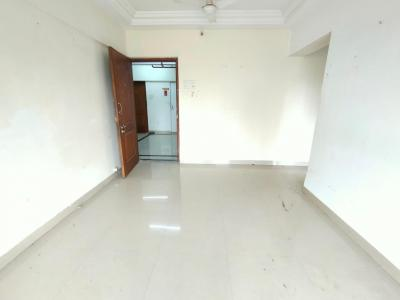 Gallery Cover Image of 550 Sq.ft 1 BHK Apartment for rent in Romell Euphoria, Borivali West for 22000