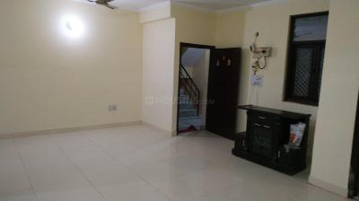 Gallery Cover Image of 1600 Sq.ft 3 BHK Apartment for rent in Sector 13 for 22000