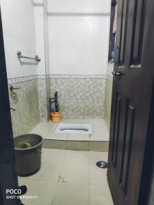 Bathroom Image of Dattakrupa Bungalow in Dattavadi