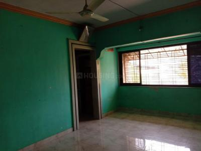 Gallery Cover Image of 750 Sq.ft 2 BHK Apartment for rent in ganga apartment, Kalyan East for 11000