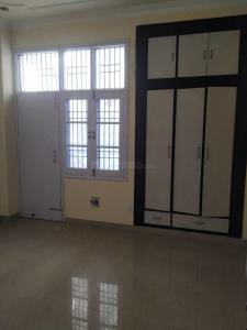 Gallery Cover Image of 1400 Sq.ft 3 BHK Apartment for rent in Sector 20 for 15000