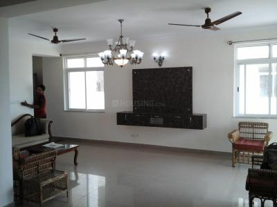 Gallery Cover Image of 1800 Sq.ft 3 BHK Apartment for rent in Krishnarajapura for 20000