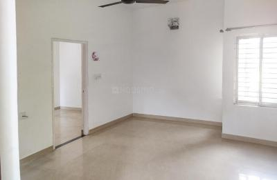 Gallery Cover Image of 1200 Sq.ft 2 BHK Apartment for rent in Kadugodi for 27000