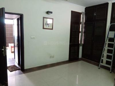 Gallery Cover Image of 2500 Sq.ft 4 BHK Apartment for rent in Welcomgroup Apartments, Sector 3 Dwarka for 34000