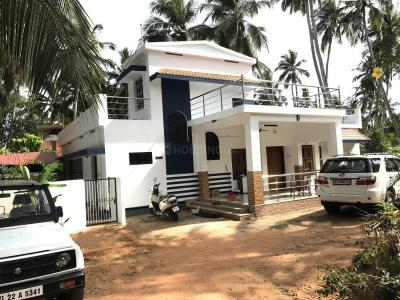 Gallery Cover Image of 2200 Sq.ft 4 BHK Independent House for buy in Menamkulam for 40000000