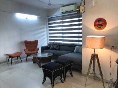 Gallery Cover Image of 2150 Sq.ft 3 BHK Apartment for rent in Siddhi Aarohi Agha, Bodakdev for 42000