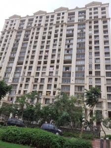 Gallery Cover Image of 1090 Sq.ft 2 BHK Apartment for buy in Hiranandani Estate for 17000000