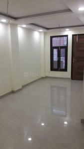 Gallery Cover Image of 1000 Sq.ft 2 BHK Independent Floor for buy in Shalimar Garden for 2600000