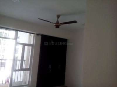 Gallery Cover Image of 1500 Sq.ft 4 BHK Apartment for rent in Noida Extension for 11000
