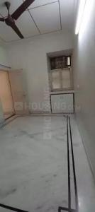 Gallery Cover Image of 950 Sq.ft 2 BHK Apartment for rent in Una Apartment, Patparganj for 23500
