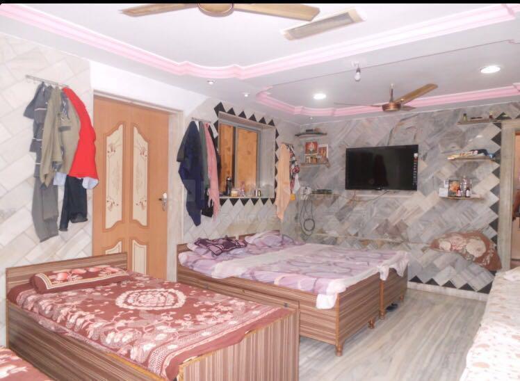 Bedroom Image of Vishnu PG in Borivali West