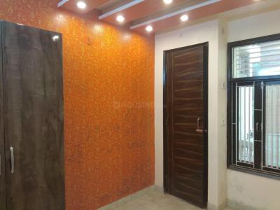 Gallery Cover Image of 1780 Sq.ft 4 BHK Apartment for rent in CGHS Park Royal, Sector 9 Dwarka for 40000