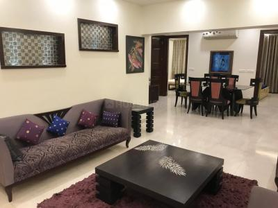 Gallery Cover Image of 1700 Sq.ft 3 BHK Apartment for rent in Vasant Kunj for 90000