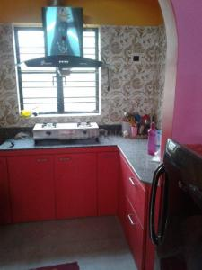 Gallery Cover Image of 1100 Sq.ft 3 BHK Apartment for rent in Barasat, Barasat for 15000