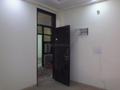 Gallery Cover Image of 560 Sq.ft 2 BHK Apartment for rent in Sector 4 Rohini for 11000