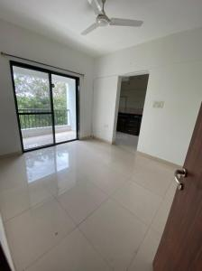 Gallery Cover Image of 650 Sq.ft 1 BHK Apartment for rent in Magarpatta Zinnia, Magarpatta City for 14999