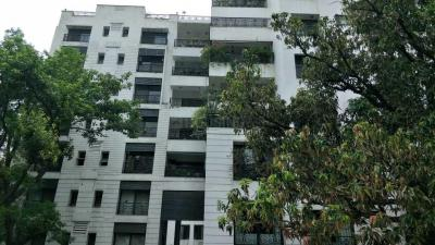 Gallery Cover Image of 2400 Sq.ft 3 BHK Apartment for rent in Alipore for 100000