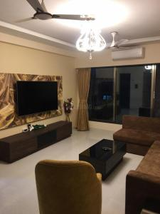 Gallery Cover Image of 1440 Sq.ft 3 BHK Apartment for rent in Juhu for 170000