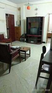 Gallery Cover Image of 1750 Sq.ft 3 BHK Apartment for rent in T Nagar for 35000