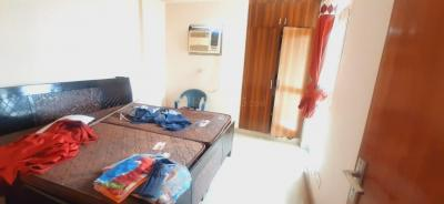 Gallery Cover Image of 890 Sq.ft 2 BHK Apartment for rent in Supertech Ecociti, Sector 137 for 16000
