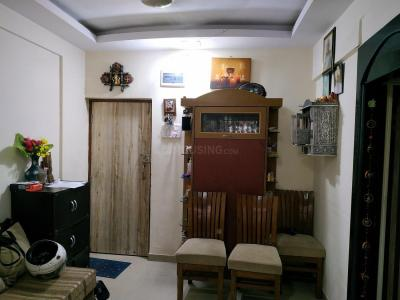 Gallery Cover Image of 820 Sq.ft 2 BHK Apartment for buy in Malad East for 13200000