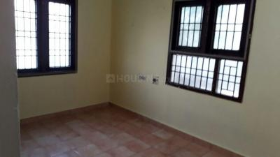 Gallery Cover Image of 800 Sq.ft 2 BHK Independent House for rent in Perungalathur for 9000