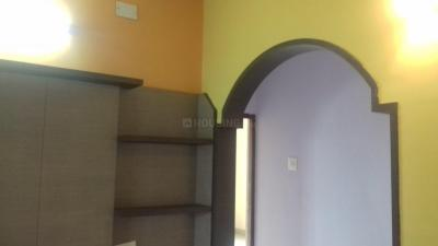 Gallery Cover Image of 1275 Sq.ft 3 BHK Apartment for rent in Valasaravakkam for 18000