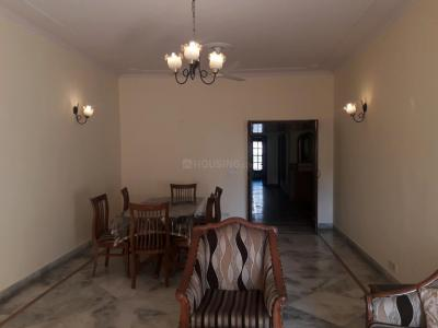 Gallery Cover Image of 2700 Sq.ft 3 BHK Independent Floor for rent in B-249, Greater Kailash I for 70000