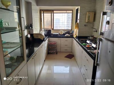 Gallery Cover Image of 1250 Sq.ft 2 BHK Apartment for buy in Dadar East for 39000000