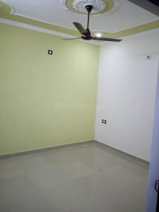 Gallery Cover Image of 1700 Sq.ft 3 BHK Apartment for rent in Siddharth Estate, Ballupur for 20000