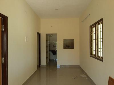 Gallery Cover Image of 660 Sq.ft 2 BHK Apartment for rent in Kolapakkam - Porur for 15000