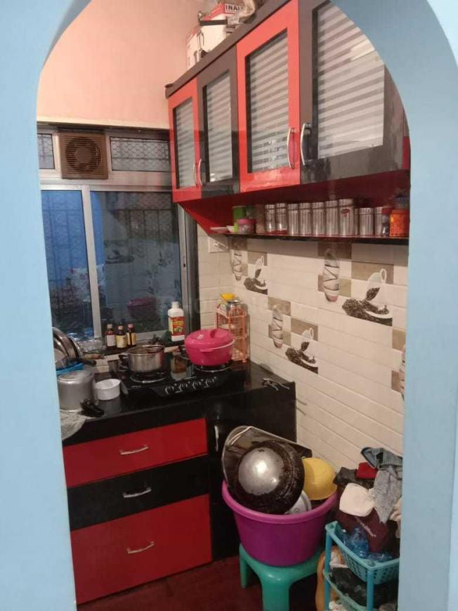 Kitchen Image of 985 Sq.ft 2 BHK Apartment for rent in Mira Road East for 16000