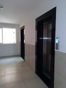 Gallery Cover Image of 1500 Sq.ft 3 BHK Apartment for rent in Mahanagar Ganga Ishanya C, Dhankawadi for 37000