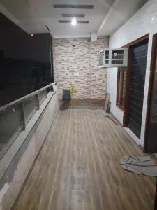 Gallery Cover Image of 1600 Sq.ft 3 BHK Independent Floor for rent in Dwarka Mor for 25000