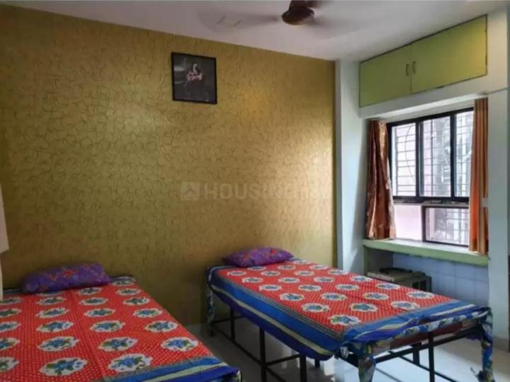 खारघर में यशराज बॉइज़ होस्टल में बेडरूम की तस्वीर