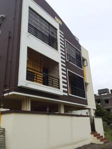 Gallery Cover Image of 940 Sq.ft 2 BHK Apartment for buy in  South kolathur for 4606000