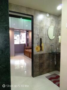 Gallery Cover Image of 700 Sq.ft 1 BHK Apartment for buy in Chinchwad for 4400000