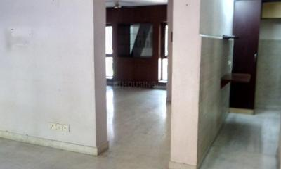Gallery Cover Image of 1100 Sq.ft 2 BHK Apartment for rent in Sarita Vihar for 25000