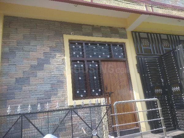 Building Image of 1020 Sq.ft 2 BHK Apartment for rent in Chandrayangutta for 8000
