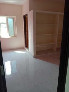 Gallery Cover Image of 750 Sq.ft 1 BHK Independent House for rent in Bandlaguda Jagir for 6500