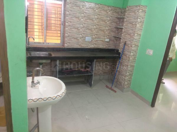 Kitchen Image of 820 Sq.ft 2 BHK Apartment for rent in Keshtopur for 10000
