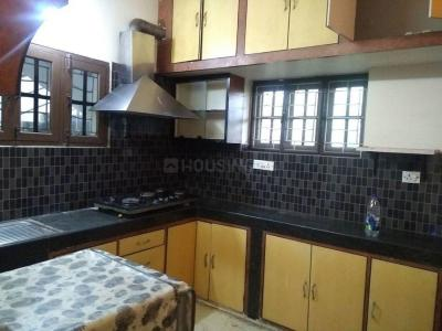 Gallery Cover Image of 2000 Sq.ft 2 BHK Apartment for rent in Borabanda for 28000